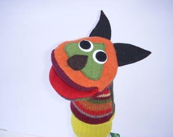 Clueless handpuppet fox named Frond