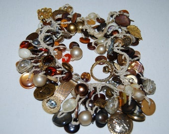 VINTAGE BUTTON Costume crocheted chunky statement necklace