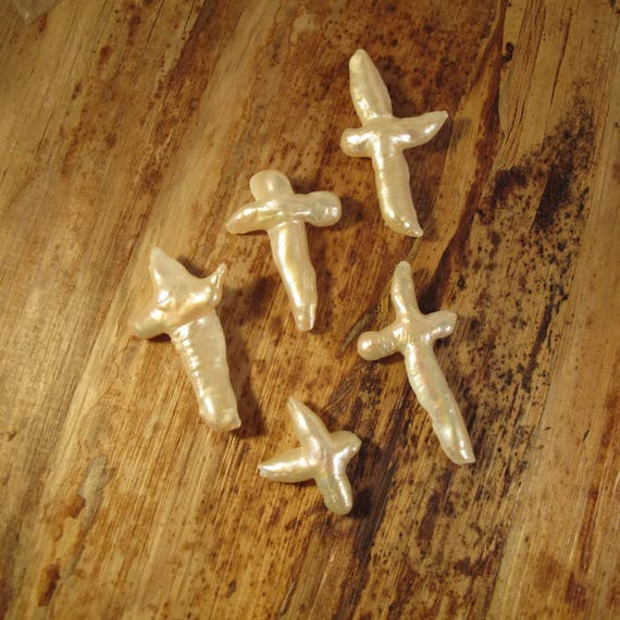 White Freshwater Pearl Crosses, Lot of 5 Pearl Beads, Center Drilled, 29mm x 24mm - 52mm x 28mm, Jewelry Supplies (P-C5)