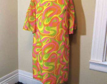 Psychedelic print 60s Mod Tent Dress Crazy swirl 60s Vintage dress Neon print vntage cotton dress Angel sleeves M L