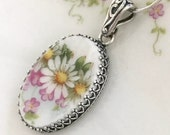 Daisy Necklace Antique Limoges China, Broken China Jewelry Necklace, Sterling Silver, Anniversary Gift for Wife Gift for Wife, White, Yellow