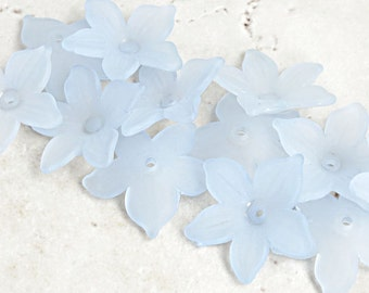12 ICE BLUE Flower Beads 22mm Daffodil Frosted Lucite Flower Beads Very Light Blue Beads Pastel Flowers Matte Iced Spring Beads