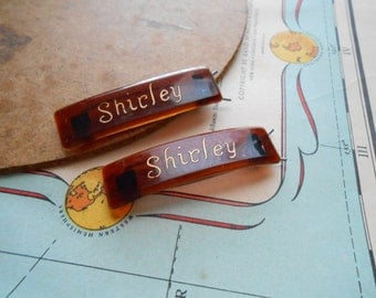 pair of vintage tortoise shell brown barettes engraved shirley - kitschy vintage monogram name costume jewelry