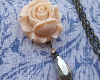 Just Peachy Vintage Styled Necklace