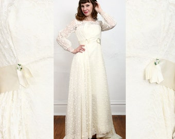 SALE 60s Lace Wedding Gown Bridal Dress