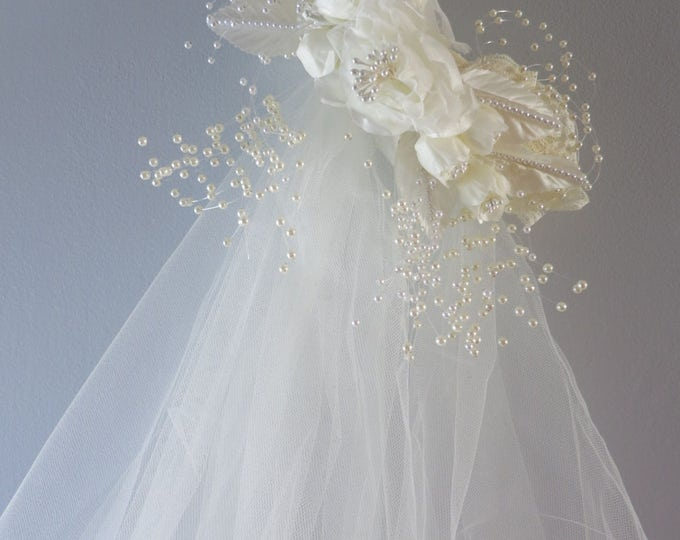 1980s Ivory Bridal Wedding Veil Floral Pearls Tulle
