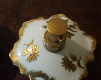 Vintage Irice Perfume Atomizers Opaque White Glass Gold Embellishments Collectible