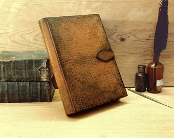 Large Leather Journal / Blank Book, Textured Antiqued Leather - Reptilia