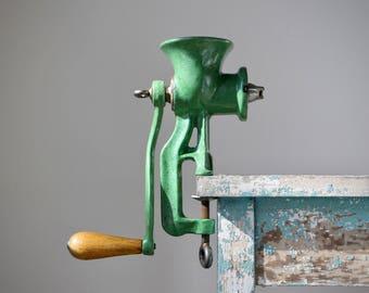 Green Enamel Meat Grinder, Farmhouse Kitchen Decor, Vintage Meat Grinder, Apple Green Enamel, Retro Kitchen Tools, Kitchenalia