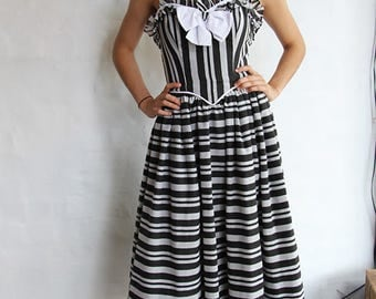 Vintage 1950s Black and White Strapless Party Dress