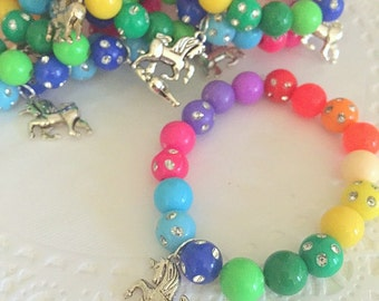 SET of 15. Rainbow birthday party favor, beaded bracelet, unicorn jewelry, rainbow bracelet, kids birthday favor.