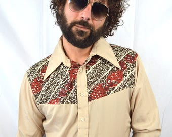 Vintage 70s Lightweight Levis Disco Button Up Shirt