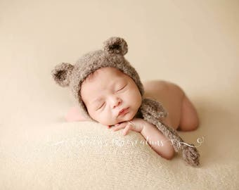 Newborn Crochet Teddy Bear Baby Bonnet. Perfect Baby bonner for Photo props or newborn take me home. Unique newborn photo prop!