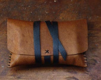 Cognac brown tarot pouch with a black leather tie