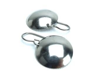 Titanium Earrings Domed Disc, No Nickel Niobium Circle Earrings Medium, Hypoallergenic Disk Earrings for Sensitive Ears, Modern Everyday