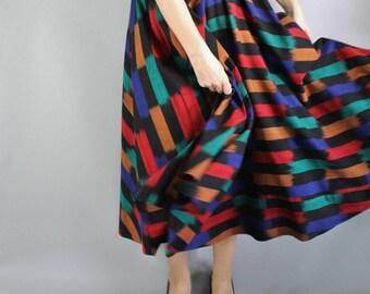 80s does 50s Circle Skirt, Fit and Flare, Midi Skirt, Dancing Skirt, Full Skirt, vlv, Viva las vegas, Rockabilly, Mexican Skirt, Medium