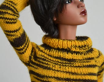 Tiger, hand-knitted sweater for Iplehouse SID