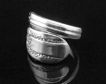 Floral Spoon Ring, Reflection 1939, Vintage Inspired Wedding
