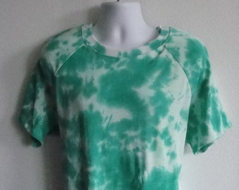 Unisex / Men's Post Surgery Clothing / Shoulder Surgery / Heart Surgery / Hospice / Elderly - Style: T-Shirt (Tie Dye)