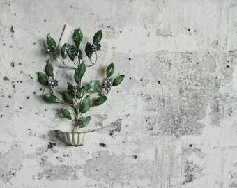 Vintage Metal Floral Plant Wall Hanging