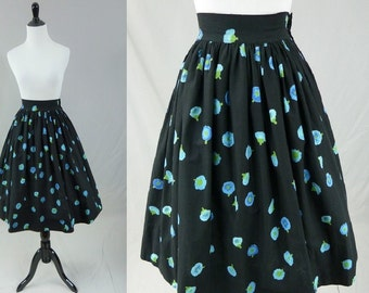 "50s Full Skirt - Black Cotton - Falling Blue & Green Flowers - Vintage 1950s - 24"" waist"