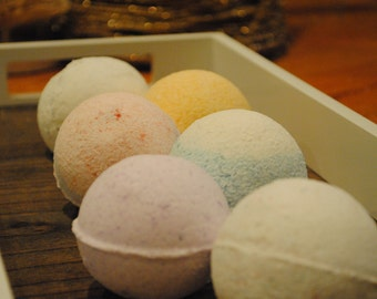 Bath Bombs (2 large or 8 small)
