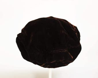 Vintage 1950s Brown Velvet Beret Hat / 50s Union Made Tam Cap / Millinery / Mid Century