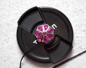 Camera Lens Cap Holder - Camera Accessories - DSLR Camera - Lens Cap Strap - Photographer Gift - Lens Cap - Teardrop Crystals in Fuchsia