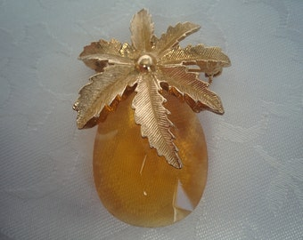 Vintage Sarah Coventry Pineapple Brooch - Amber Glass