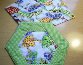 Frog Coasters and Mug Rug / Hot Pad