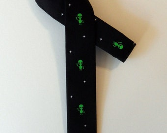 Alien Skinny Tie in Lime, Black // Cotton & Silk Necktie