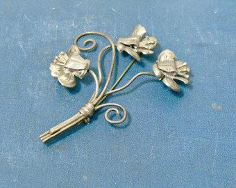 Sterling Silver Flower Brooch - Signed Lang Vintage Designer Pin