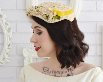 Vintage Light Beige Raffia Hat with Yellow Velvet Ribbon and Fabric Flowers