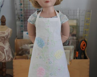 Apron Upcycled from Vintage Linen for 16 Inch Doll, MAC31b