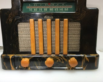 Marble Black Addison Canada Model 5E Radio.  Tabletop . Catalin Radio. Bakelite Radio. Art Deco Radio