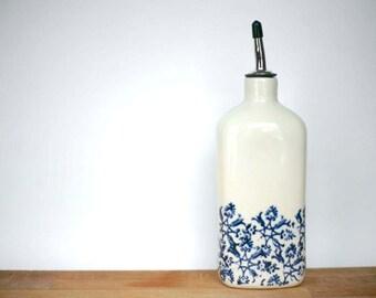 Olive oil bottle / Pour l'huile d'olive / artetmanufacture