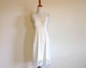 60s White Caresse Lacy Slip - Size 34