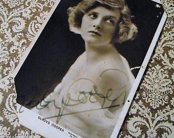 1910s Autograph Dame Gladys Cooper Silver Screen Theater Actress Postcard Ephemera