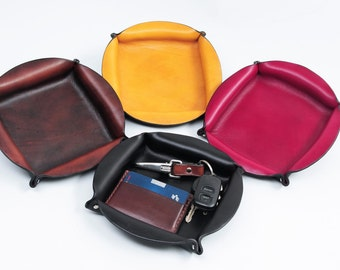Circular Leather Valet Tray