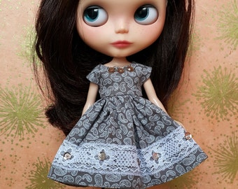 Brown and White Paisley Print Blythe Dress