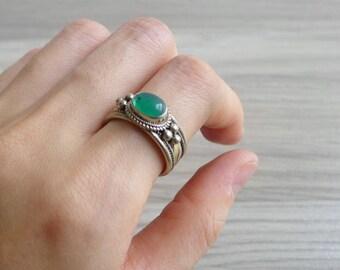 Vintage 70's Green Jadeite Hippie Silver Ring (Adjustable)