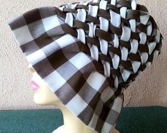 Pleated gingham hat vintage 60s