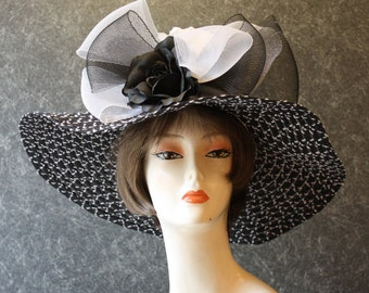 NOW with FREE SHIPPING! Derby Hat, Kentucky Derby Hat, Easter Hat, Garden Party Hat, Tea Party Hat, Church Hat, hat  Black&White Hat 384