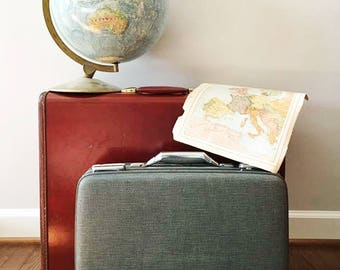 Gray Suitcase by American Tourister / Vintage Hard Shell Textured Luggage