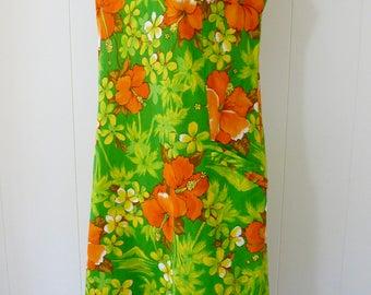 60's Cotton Hawaiian Dress Barkcloth Sleeveless Shift Green Orange Hibiscus Plumeria Palm Tree Volcano Tiki Print Sheath Dress M L