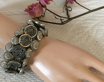 Vintage Silver Button Bracelet. Crocheted Silver Stretchy Cord With 45 Silver BUTTONs Sewn On for a Lovely Bracelet.Fits Medium Wrists.