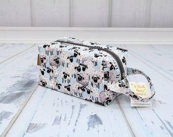 Silly Sheep fabric Small boxy bag, Knitting Boxy Project Bag, Box Bag, Knitting Project Bag. Sock Knitting bag. Crochet bag,zippered box bag
