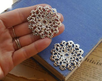 10 pcs Bronze Filigree Round Setting Base Brooch Cab Setting Wrap Connector Pendant Charm 47mm (SF3190)