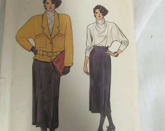 Vogue 9117 Size 8,10,12  uncut Misses Jacket Skirt and Bloouse