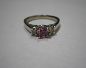 Estate Custom 14 kt White Gold Pink Sapphire Peach Diamond Three Stone Ring Size 6 3/4